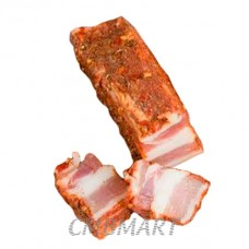 Pork belly salted with garlic, pepper and paprika.